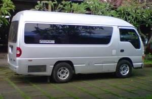 Transport Service Sewa Mobil di Bali Elf