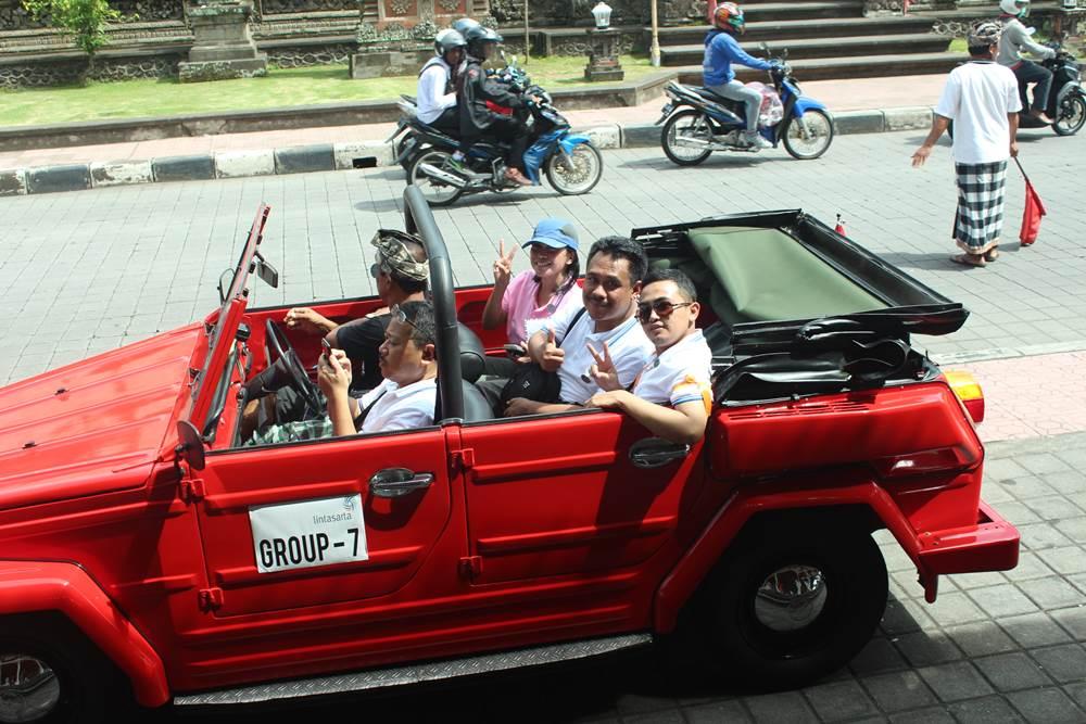 VW Safari Amazing Race Desa Penglipuran Bali - VW Merah
