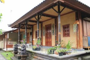 Wisata Desa Penglipuran Bali - 2D 1N Tour & Ayung Rafting - Homestay