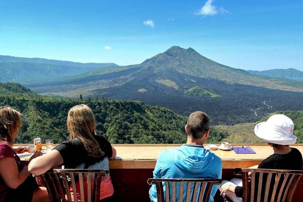 Wisata Desa Penglipuran Bali - 2D 1N Tour & Hot Spring - Kintamani