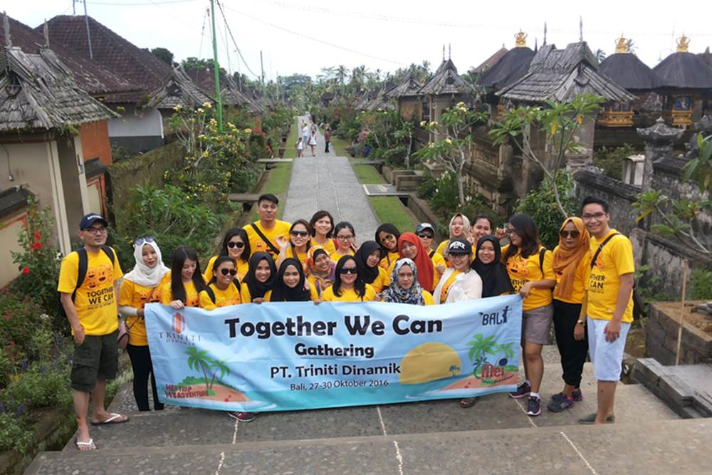 Wisata Desa Penglipuran Kombinasi Kintaman Tour - Avanza