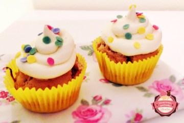 cupcakes de vainilla y nueces de macadamia