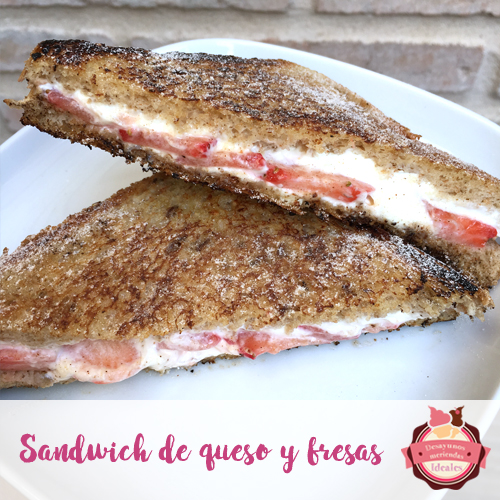 sandwich de queso y fresas