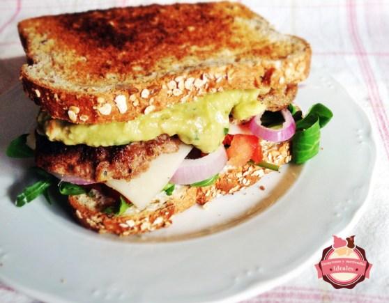 sandwich-guacamole