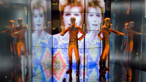 david-bowie-starman-costume-super-169