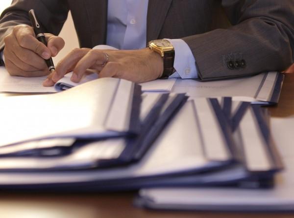 poza semnare contract