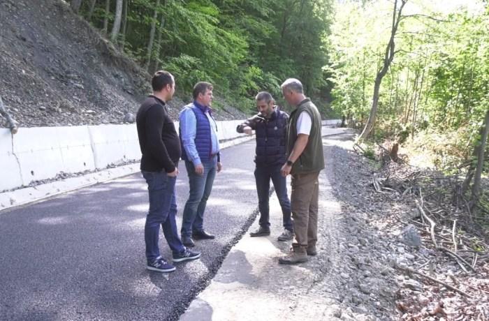 Se asfaltează un drum județean cu potențial turistic. Vezi aici despre ce drum este vorba!
