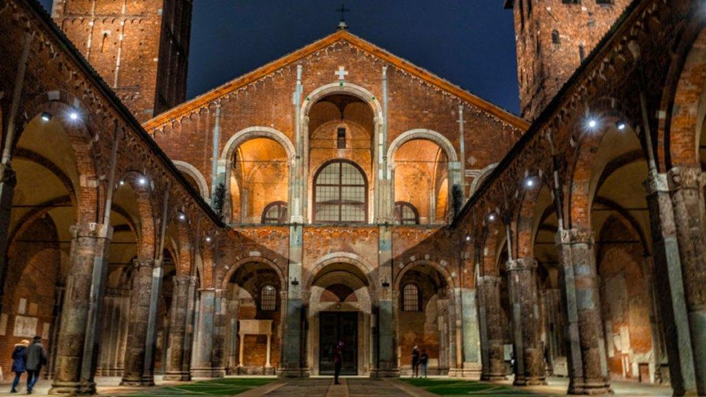 Abertura igrejas mais bonitas de Milão