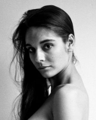caitlin stasey du site herself