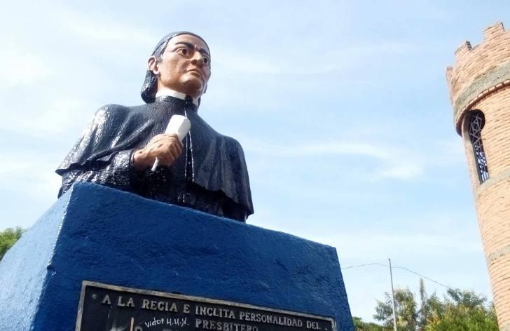 Dr Tomas Ruiz