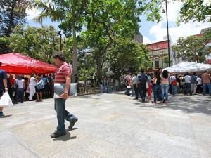Homenaje a Gabriel García Márquez desde la Plaza Bolívar