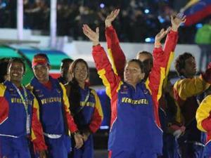 Maduro felicita atletas en III Juegos Suramericanos de Playa