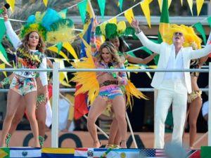Fotograma del video Jenifer López-Pitbull-CLaudia Leitte