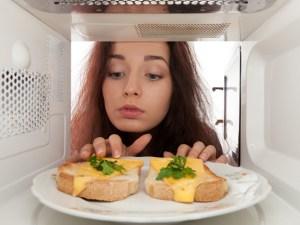 Malos hábitos que nos hacen engordar