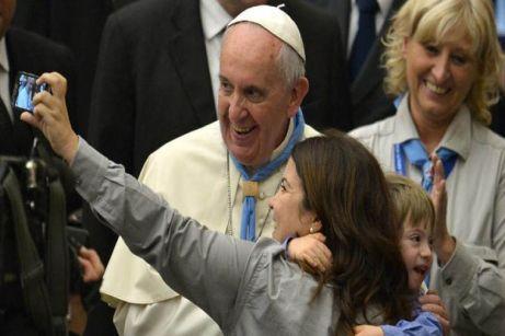 El Papa Francisco en el Aula Pablo VI en el Vaticano