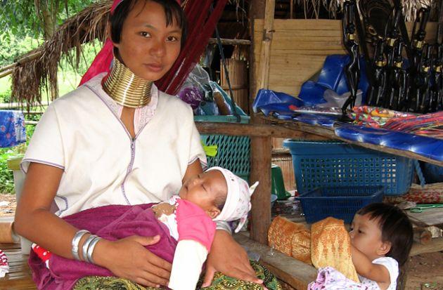 Las-11-tradiciones-mujeres-jirafa