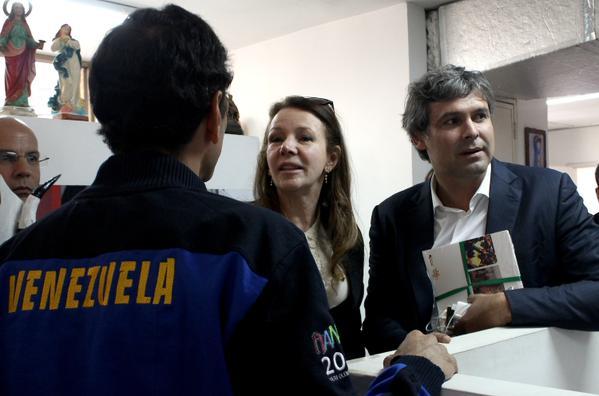 Capriles-SenadoreBrasil