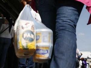 Gerson Hernandez: Se venderá un combo de 37 productos por 1.000 Bolivares
