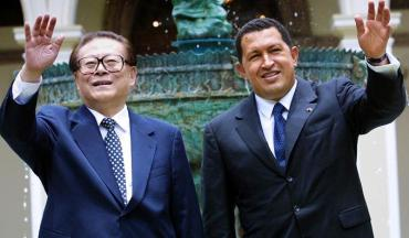 Jian Zemin y Hugo Chávez
