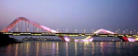 El puente Sheik Zayed.