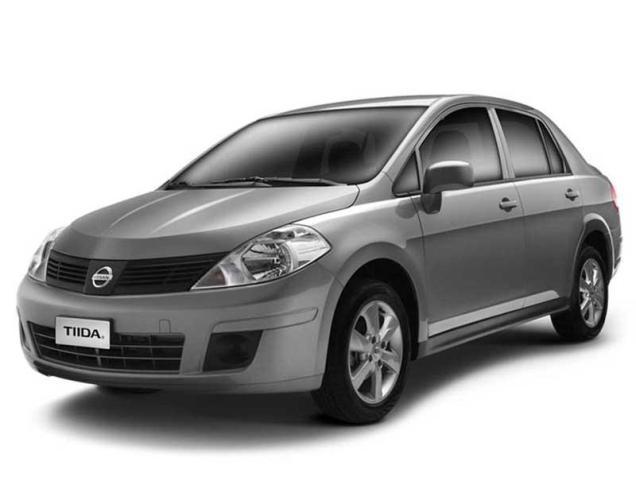 Nissan Tiida Sedán - sin airbags