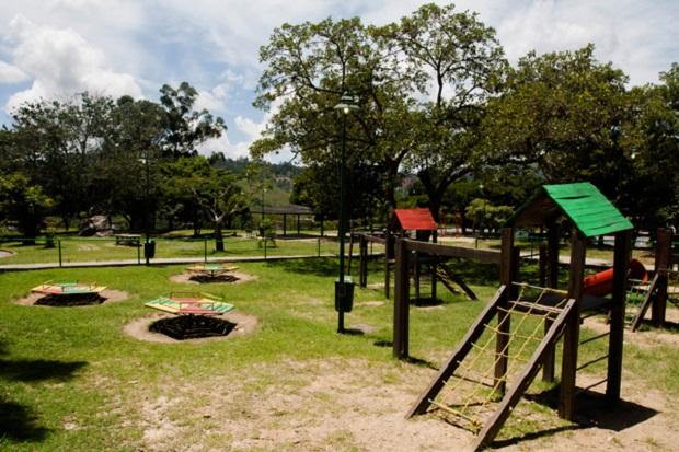 Parque-Las-Rocas (1)