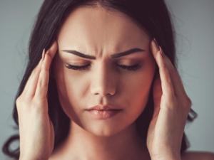 Razón de dolor de cabeza del lado izquierdo en hindi