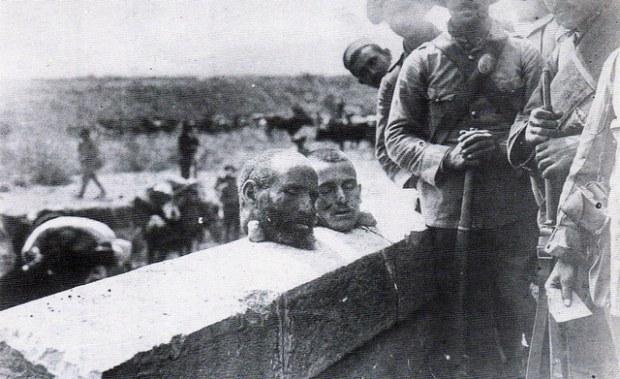 Des têtes de rifains décapités par l'armée espagnole d'Afrique
