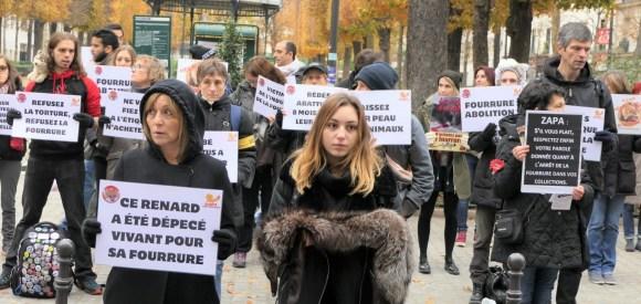 Manifestation anti-fourrure Zapa_18 novembre 2017 fourrure mode torture