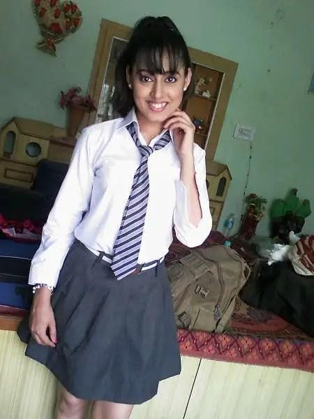 Girl In Punjabi Suit Wallpaper Riya Singh Pictures Images Page 2