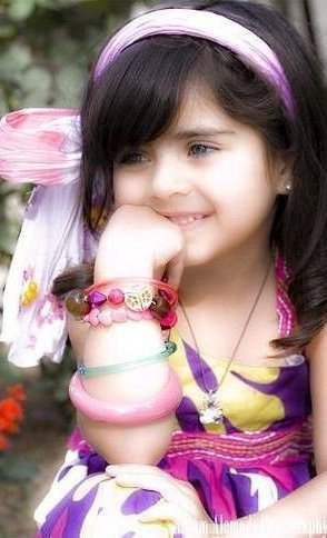 Cute Baby Girl Wallpapers For Whatsapp Cute Little Girl Desicomments Com