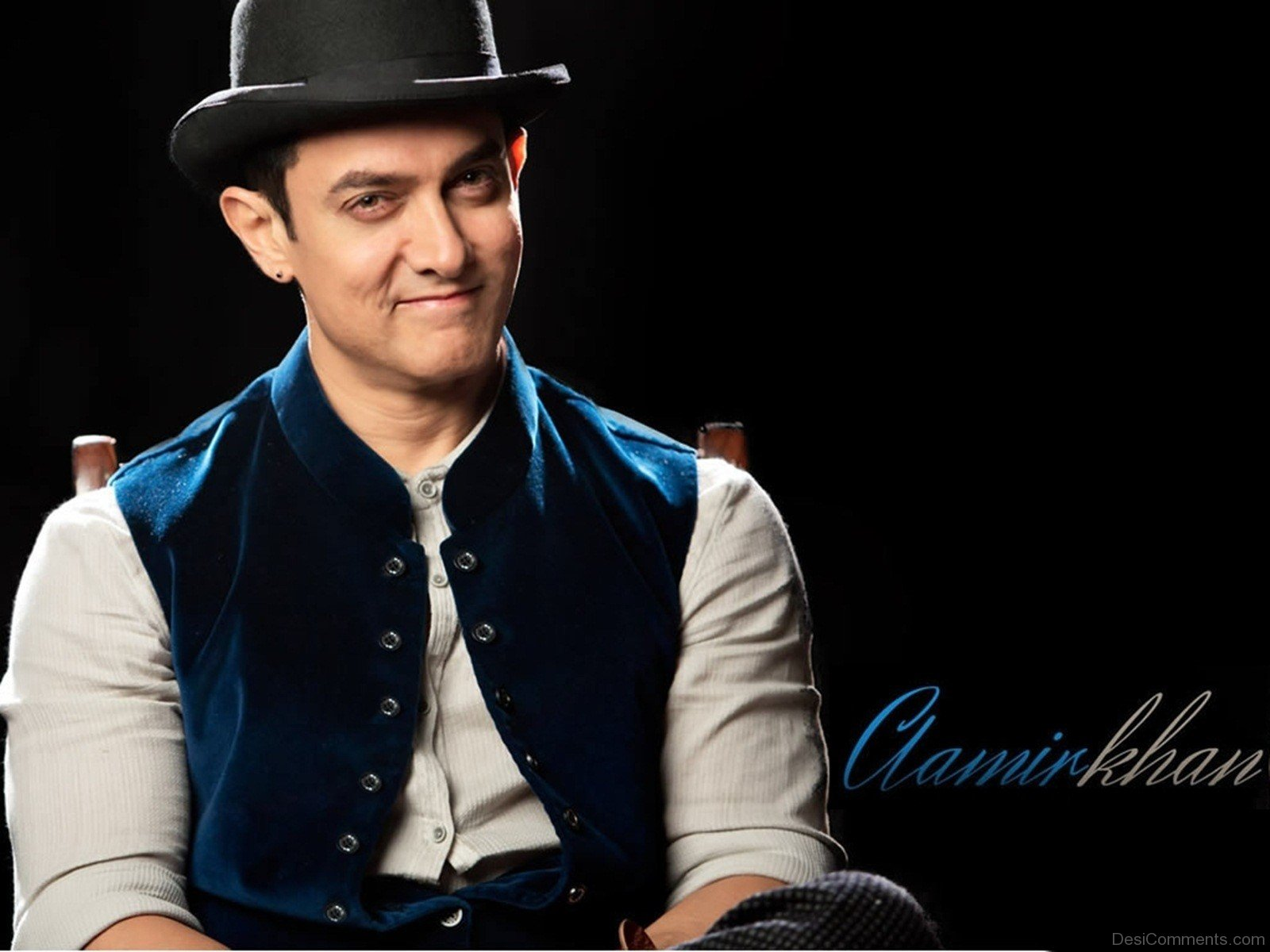 Srk Wallpapers With Quotes Aamir Khan Wallpapers Wallpapers Desicomments Com