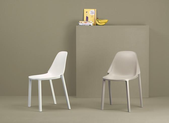 Art.SE16 -Sedia in tecnopolimero riciclabile (SCAB)
