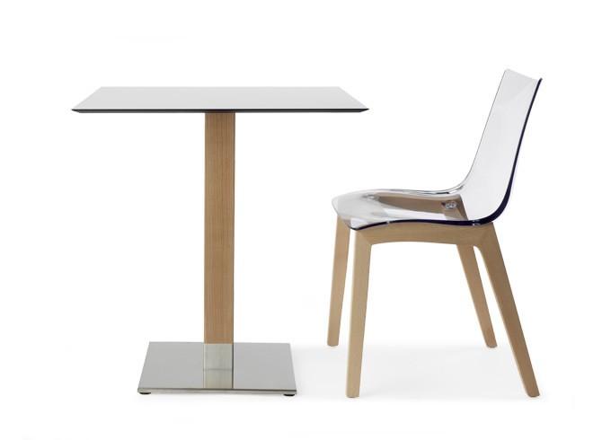 Art.TV08 - Tavolino con struttura in legno e base cromata, disponibile in altre finiture. (SCAB)