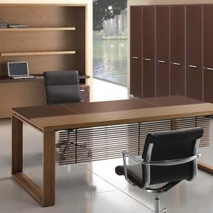 SD18 - Scrivania direzionale legno e cuoio, con paragambe, disponibile in diverse finiture (BRALCO)