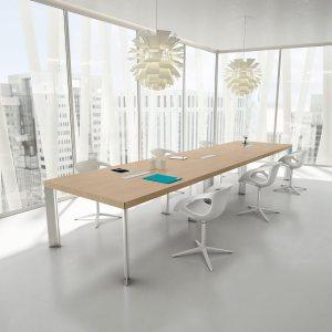 Art. TAR05 - Tavolo riunioni in rovere chiaro, disponibile in diverse dimensioni e finiture (DVO)