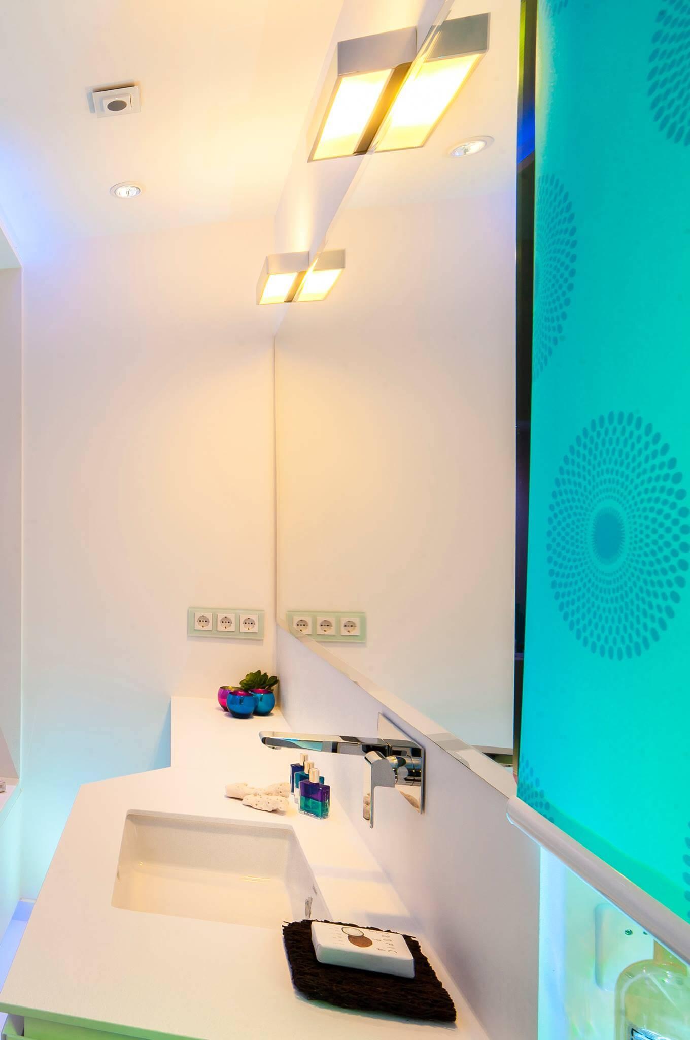 Kleines Badezimmer modern gestalten Tipps  Ideen mit