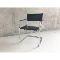 Mid century Italian Bauhaus leather chair with tubular