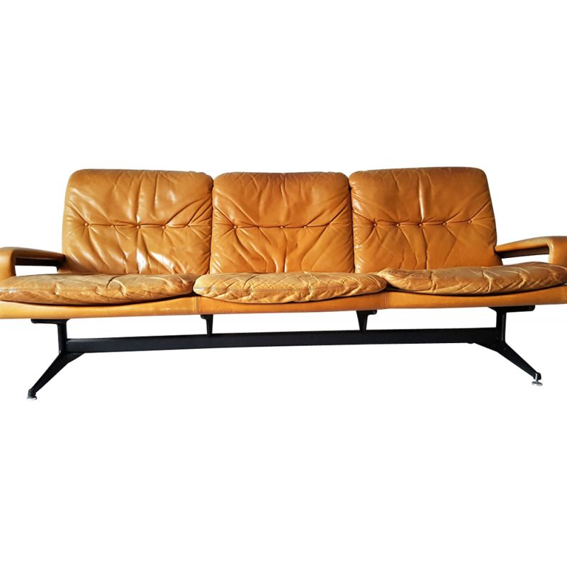 andre sofa chesterfield leather vintage 3 seater by vandenbeuck for strassle design market