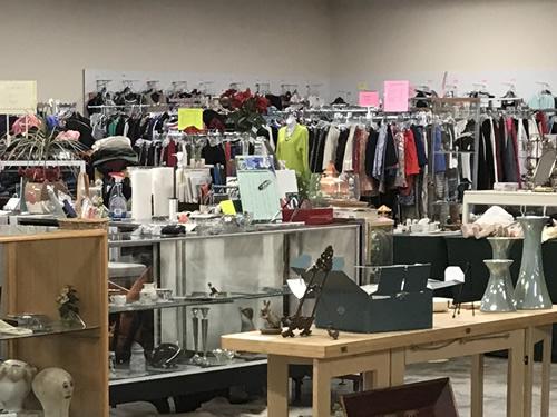 Osprey Village Thrift on Main has clothing, shoes, jewelry, accessories - Osprey Village Thrift on Main - Hilton Head Island