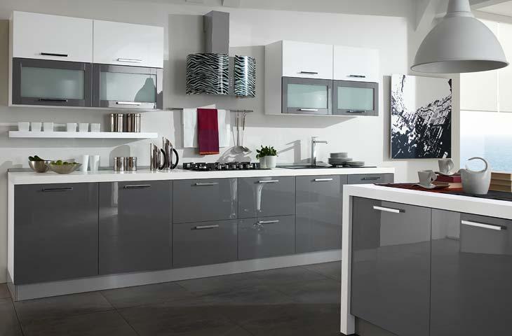 Cucina grigia e bianca una scelta di stile