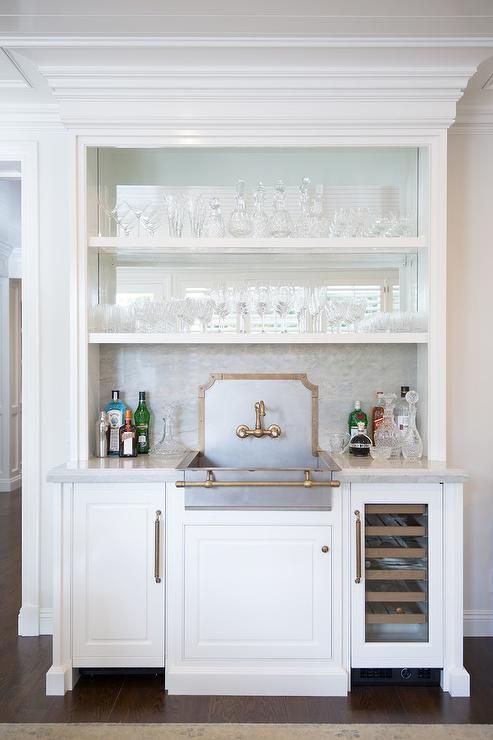 Wow, These Wet Bar Ideas Are Beautiful! Take A Look At These Wet Bar