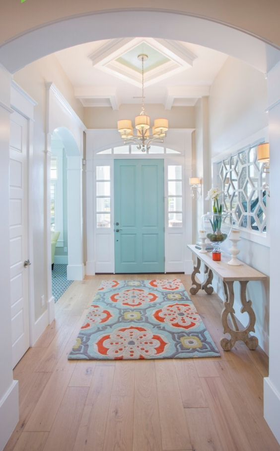 Welcome the new year with a new entryway! Need some inspiration? Here are 14 Refreshing Entryway Inspirations from Design Asylum Blog - #entryways
