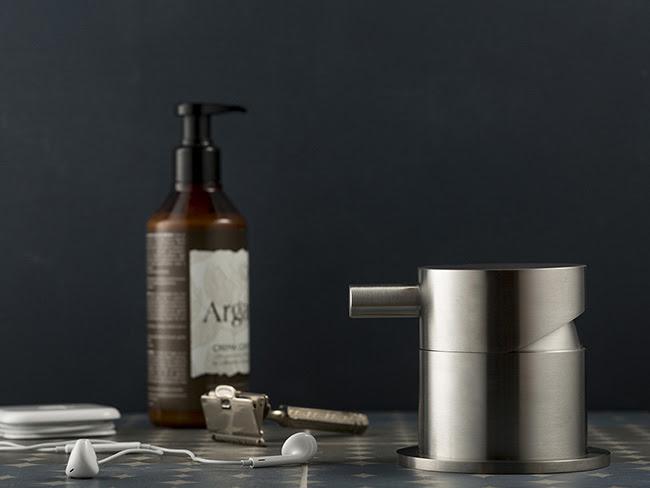 rubinetteria-da-bagno-in-acciao-inox-dimensione74-by-MINA