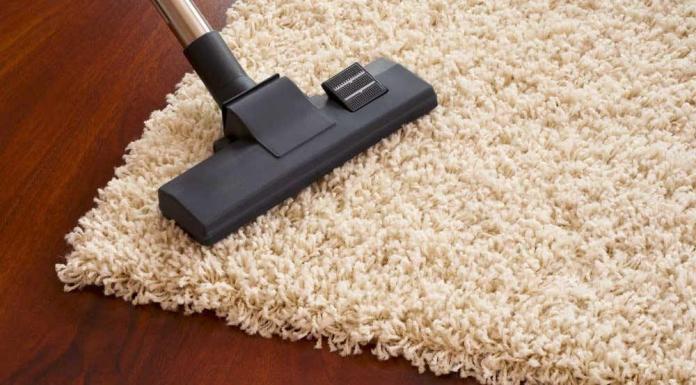 come pulire i tappeti in casa