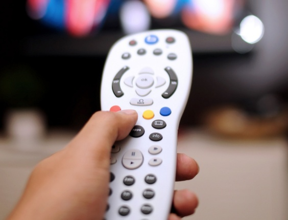 Consumer Behavior in Brazil: pay TV grows 11.31% in 2013 and reaches 18 million subscribers