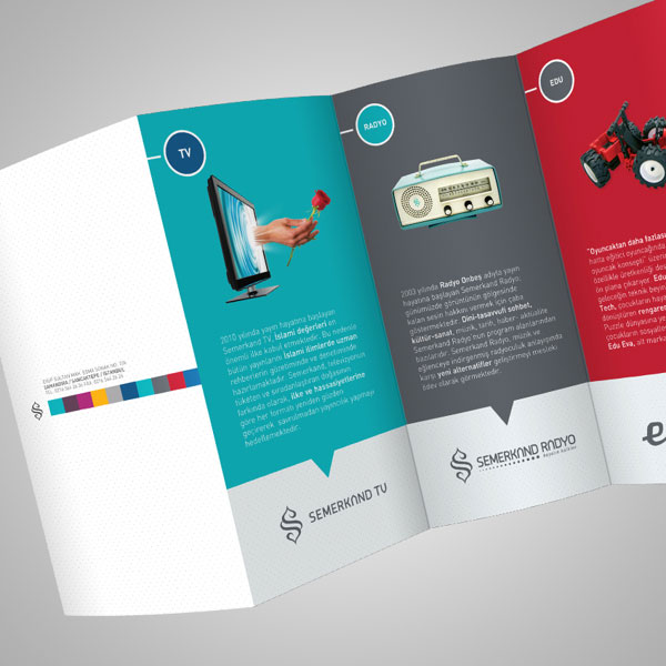 20 Simple Yet Beautiful Brochure Design Inspiration & Templates