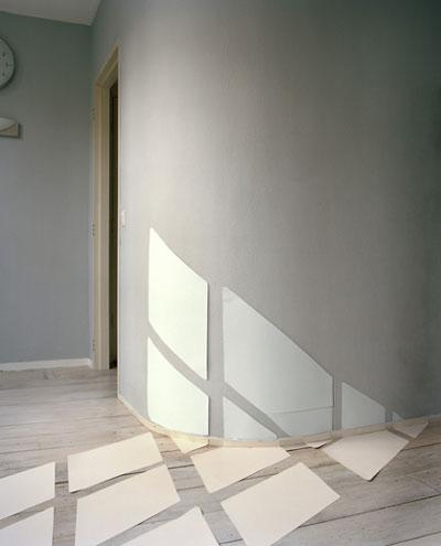 https://i0.wp.com/www.designboom.com/tools/WPro/images/08juneblogs04/light1.jpg