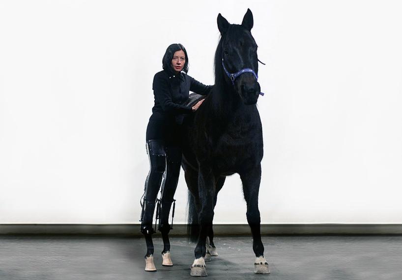 https://i0.wp.com/www.designboom.com/weblog/images/images_2/andy/art_oriente/horse1.jpg
