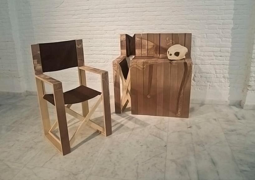 com oda wood tattoo on folding chairs